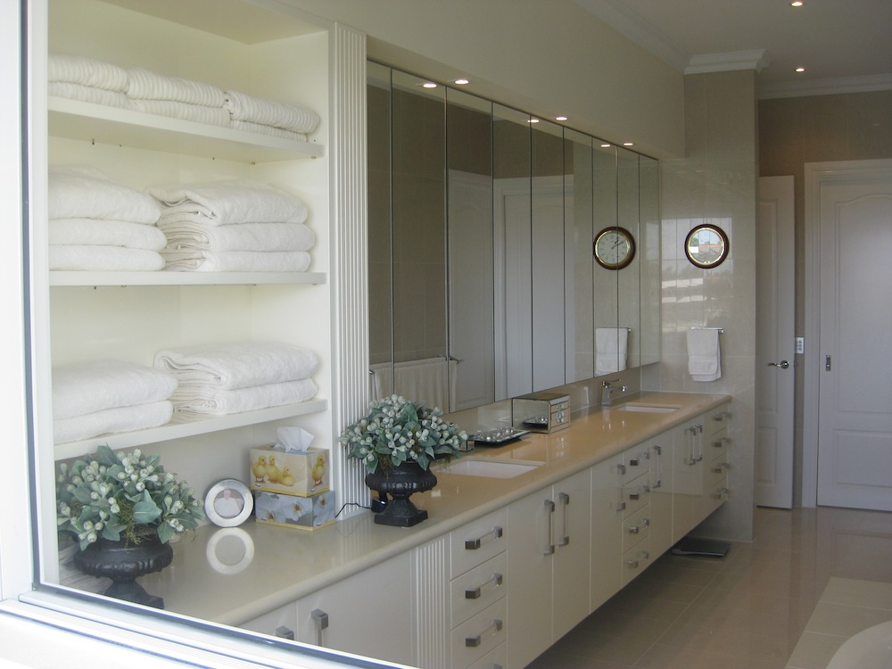 Cabinet Makers Gold Coast A R Cabinets Bathroom Vanities
