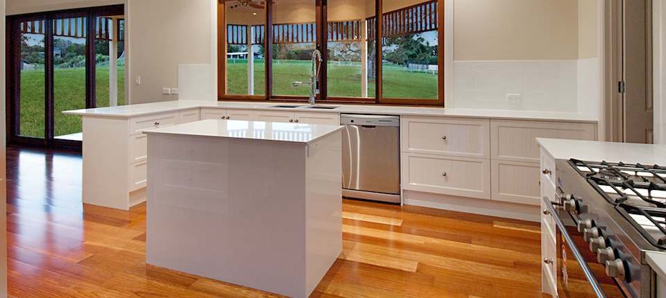 Cabinet makers gold coast a r cabinets home for Bathroom cabinets gold coast